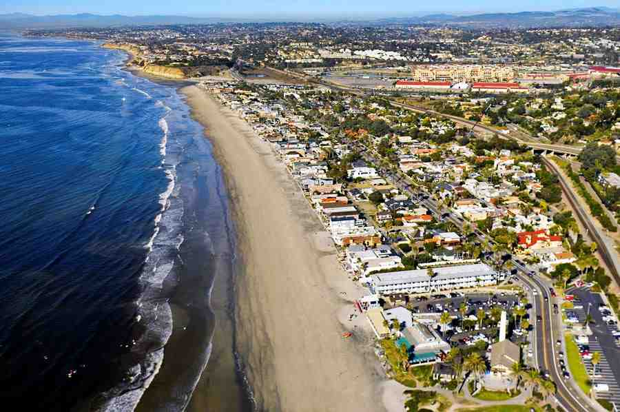 What is Del Mar CA known for?