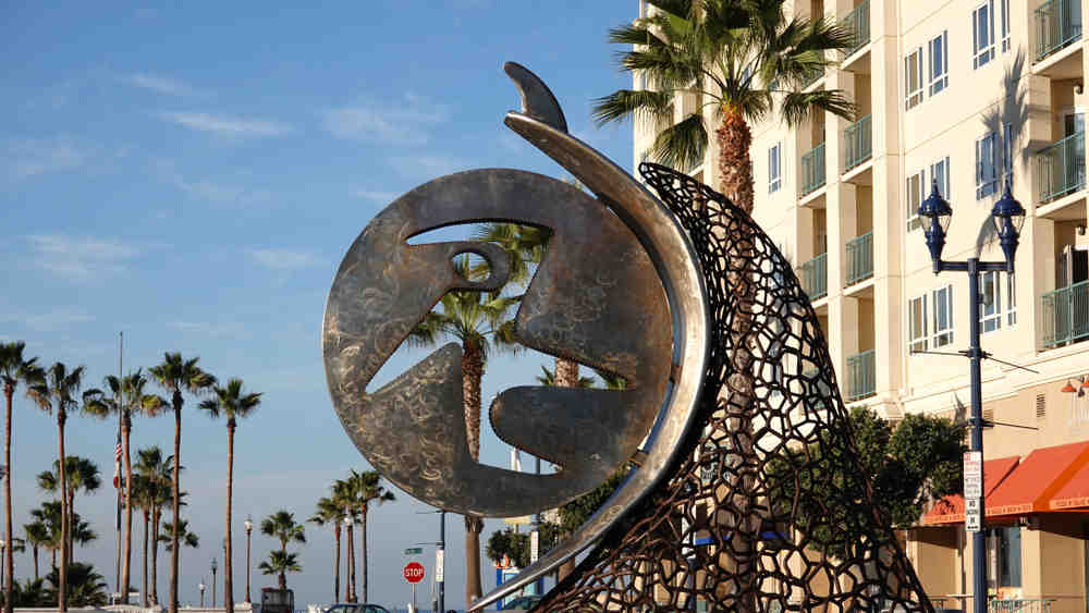 What major city is near Oceanside CA?